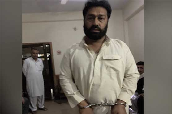 Police arrests suspect for starting campaign against polio vaccination in Peshawar