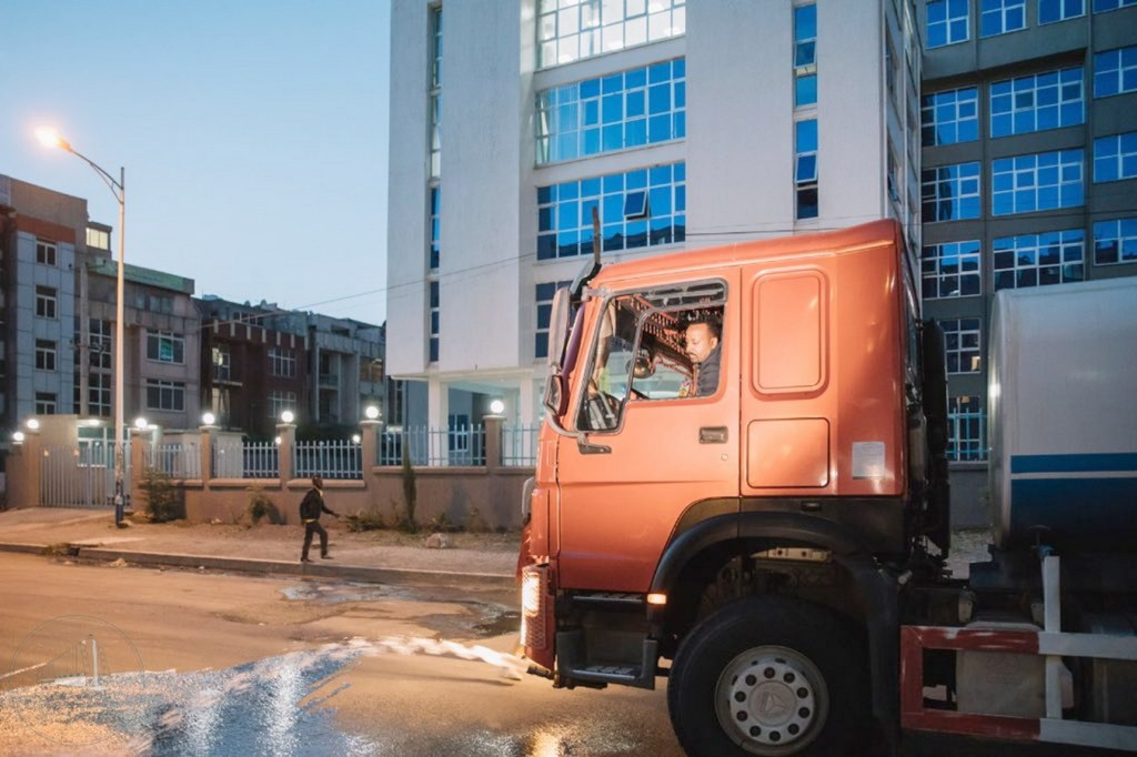 "ADDIS ABABA, ETHIOPIA - OCTOBER 16:  (----EDITORIAL USE ONLY – MANDATORY CREDIT - ""ETHIOPIAN PRIME MINISTRY OFFICE / HANDOUT"" - NO MARKETING NO ADVERTISING CAMPAIGNS - DISTRIBUTED AS A SERVICE TO CLIENTS----)  2019 Nobel Peace Prize winner Ethiopian Prime Minister Abiy Ahmed waters flowers with a water truck in Addis Ababa, Ethiopia on October 16, 2019.  ( Ethiopian Prime Ministry Office / Handout - Anadolu Agency )"