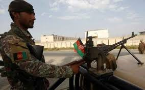 Afghan forces clash with Taliban