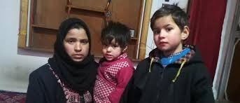 Families of Kashmiris detained in