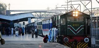 Top court orders Pakistan Railways to make train travel safer