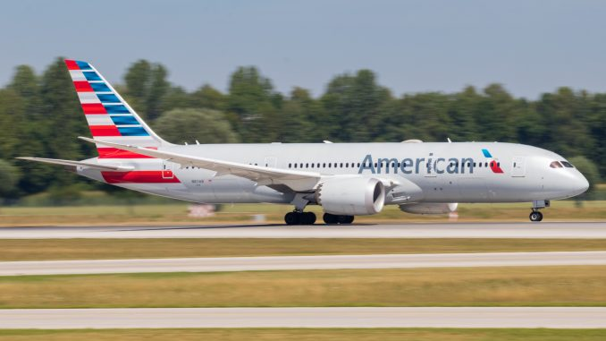 American-Airlines-Boeing-787-678x381