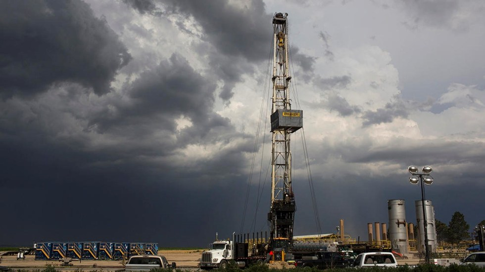 A hydraulic fracturing drilling rig creating a new well on the Niobara shale formation, one of the most intensively fracked areas in the United States.