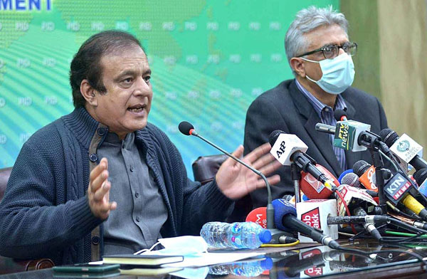 APP36-011220ISLAMABAD: December 01 - Federal Minister for Information and Broadcasting Senator Shibli Faraz and SAPM on Health Dr. Faisal Sultan jointly addressing a press conference at PID Media Centre. APP photo by Irshad Sheikh