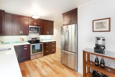 1365 Scott #2, Kitchen