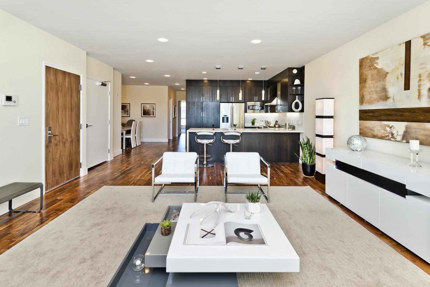 For Sale | Luxury Top Floor SOMA Condo | $1,095,000