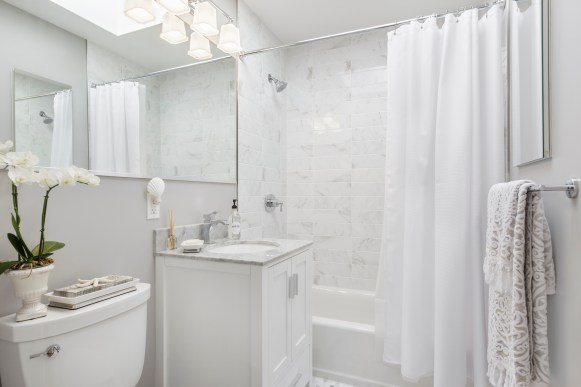 849 44th Ave Remodeled Bathroom