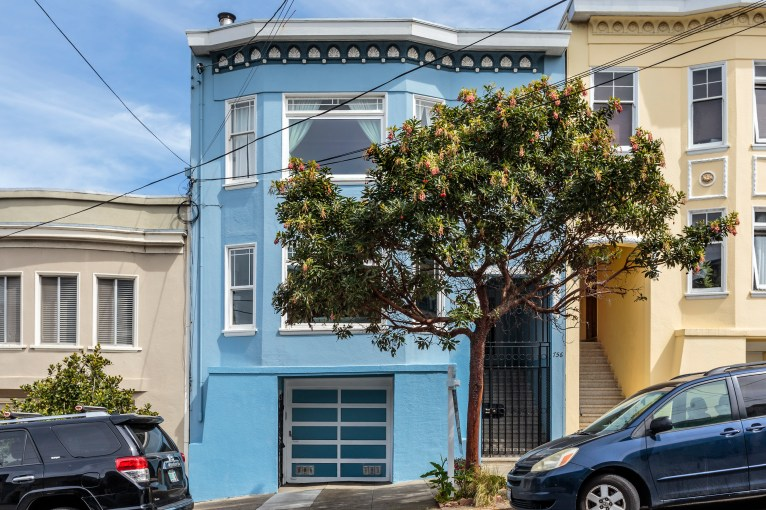 SOLD | $1,412,000 | 754 18th Ave