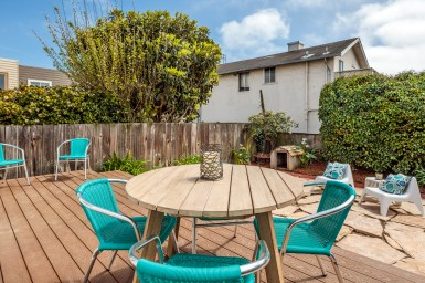 3541 Cabrillo South Facing Yard/Deck