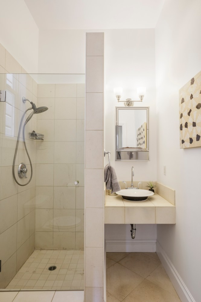 1826 Page St | Master Bathroom