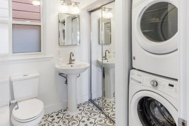 973a 14th St | Bathroom / Laundry