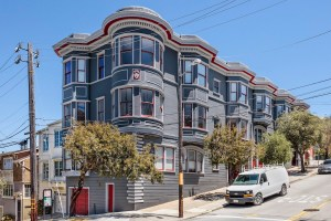 4758 17th St. | Cole Valley | $1,395,000 | SOLD $1,505,000