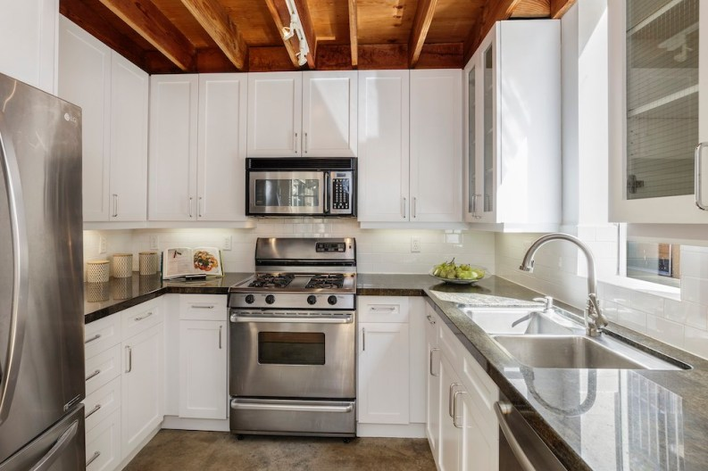 08-249-Shipley-Unit-12-kitchen-high-res