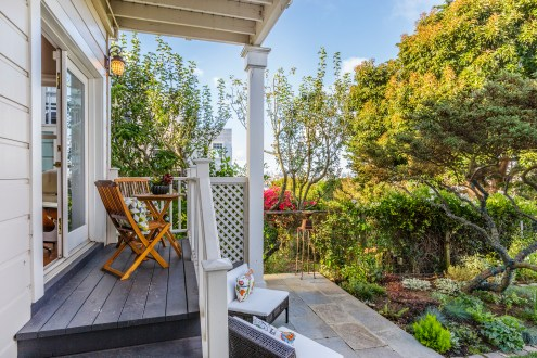 1793 A Sanchez Deck/Patio and direct access to garden