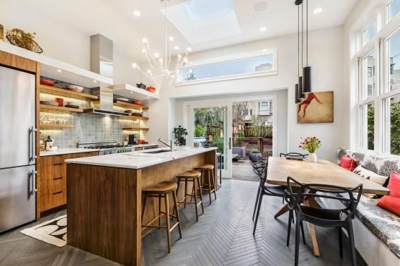 179 Carl Designer Chef's Kitchen & Breakfast Area