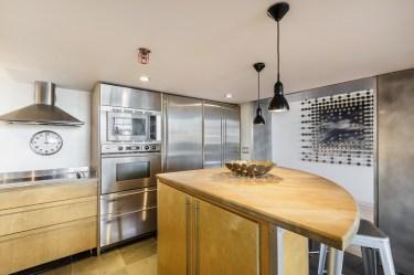 15-461-2nd-T660-kitchen-mls