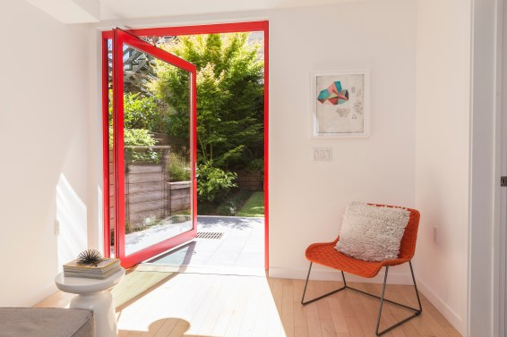 707 Cole St. | Pivot Door to Outside