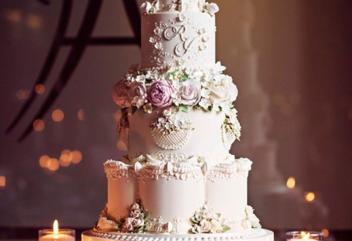 Modern Wedding Cake With Traditional Techniques The Frostery