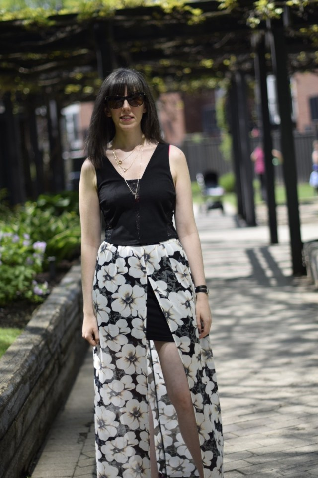 how to style a high low maxi skirt