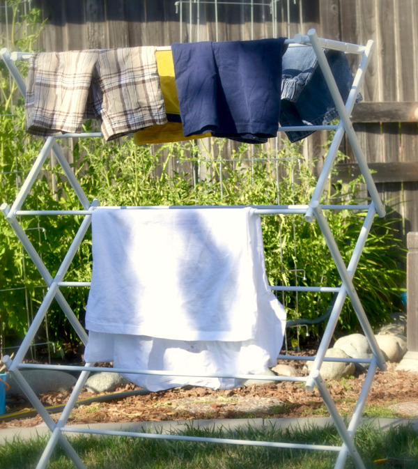 Benefits of Drying Clothes Outside
