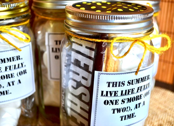 S'mores in a Jar Gift