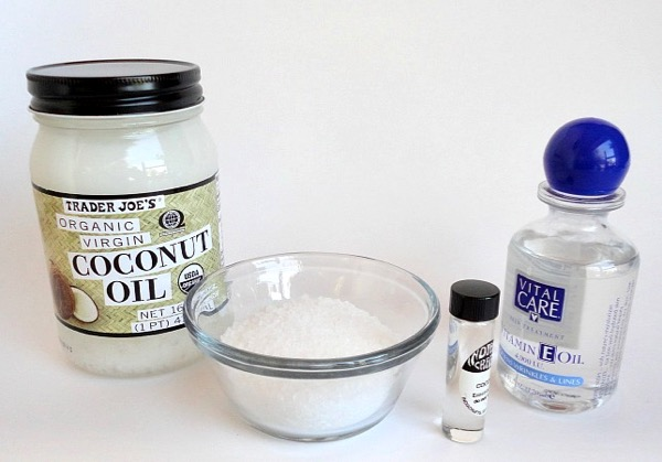 Coconut Oil and Sea Salt Scrub