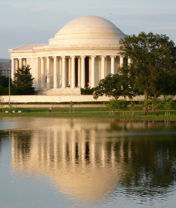 Washington DC Travel Tips and Insider Tricks from TheFrugalGirls.com