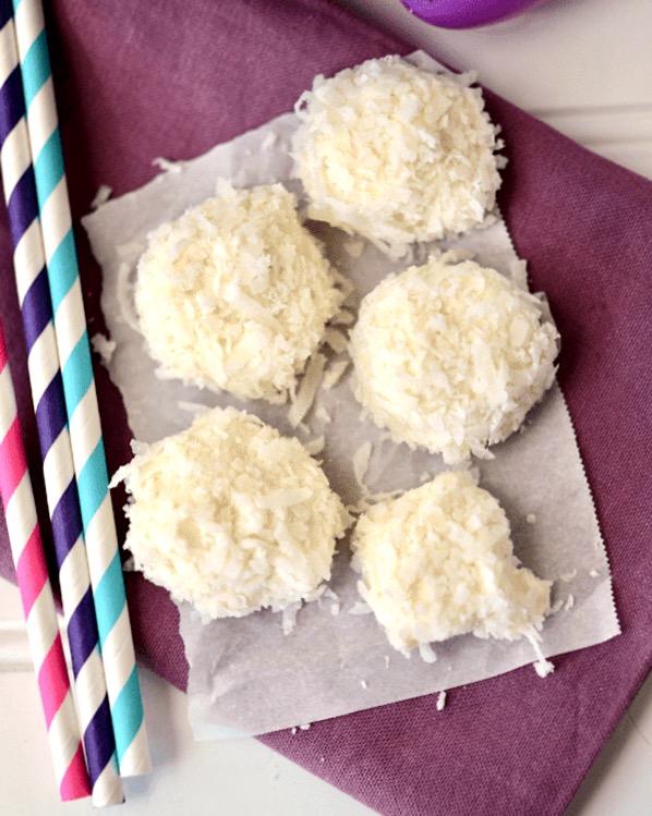 Marshmallow Coconut Bunny Tails Recipe