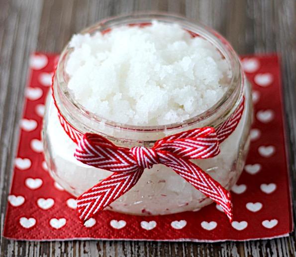 Peppermint Sugar Scrub Recipe DIY