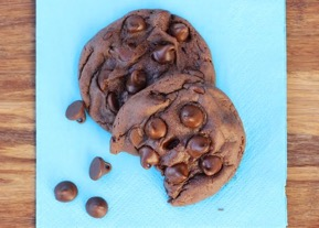Devil's Food Cake Mix Cookies at TheFrugalGirls.com