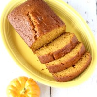 World's Best Pumpkin Bread Recipe! {Easy}