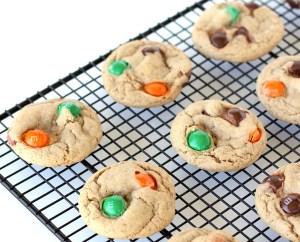 Pumpkin Spice M&M Cookies