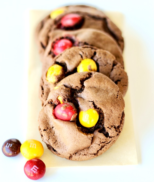 Chocolate Peanut Butter M M Cake Mix Cookie Recipe 4 Ingredients