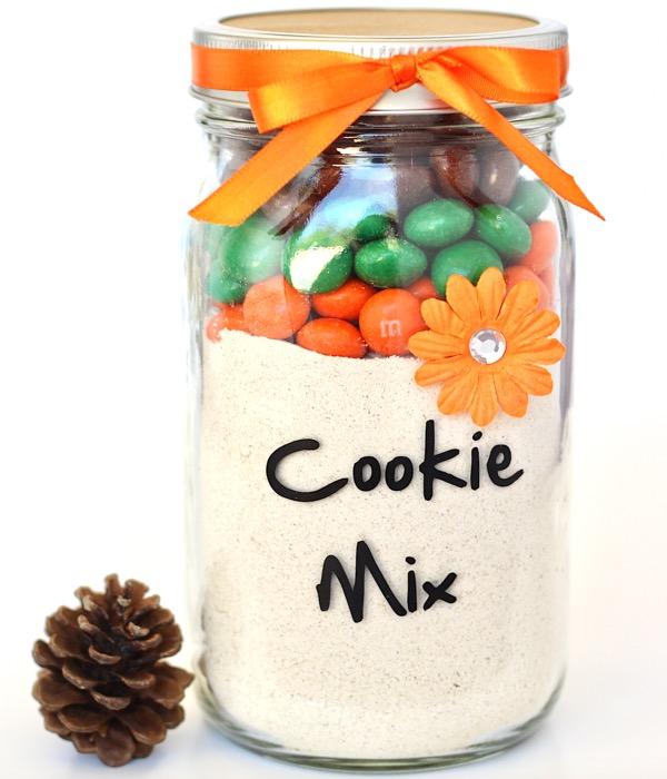 Pumpkin Spice M&M Cookie Mix in a Jar