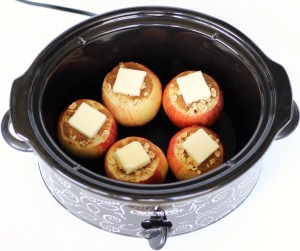 Crockpot Baked Apples Recipe Easy | TheFrugalGirls.com
