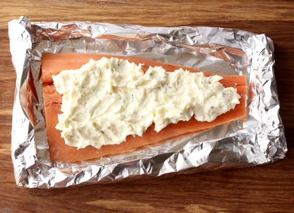 Grilled Garlic Salmon Recipe in Foil