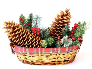 DIY Christmas Pinecone Basket