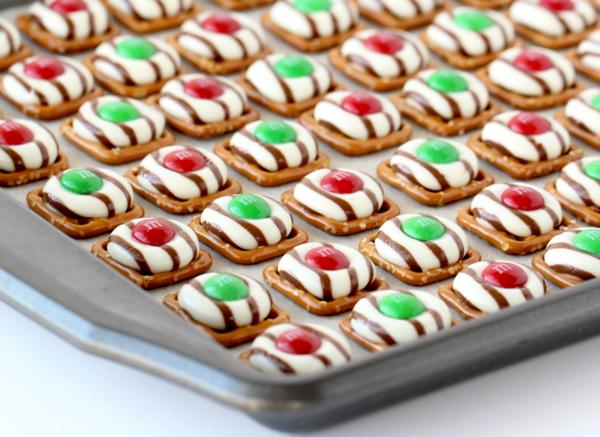 Holiday Pretzel Cookies Recipe