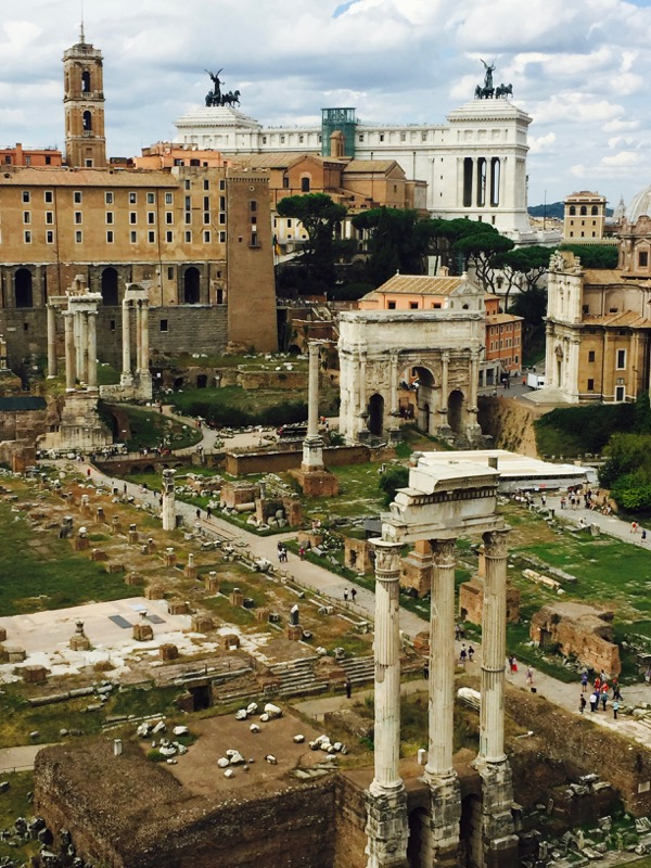 Top Rome Italy Travel Tips for the Roman Forum from TheFrugalGirls.com
