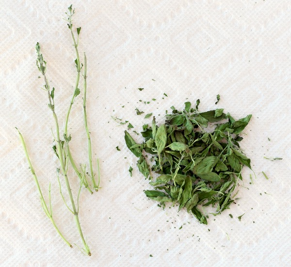 DIY Dried Oregano Tip from TheFrugalGirls.com