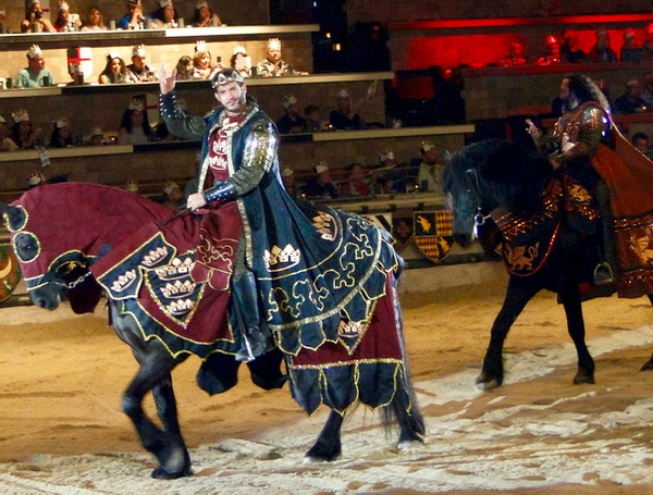 Inside Medieval Times Jousting Tournament and Tips for your Next Visit at TheFrugalGirls.com