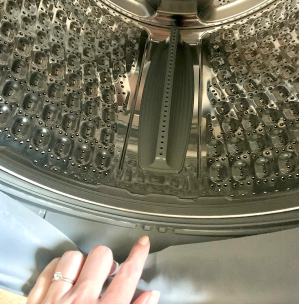 How to Keep Washing Machine from Smelling