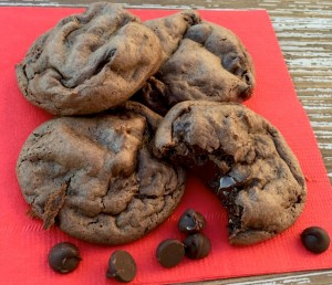 dark-chocolate-fudge-cake-mix-cookies