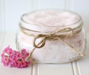 Homemade Bath Salt Recipes from TheFrugalGirls.com