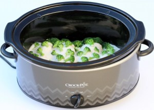 Chicken Broccoli Alfredo Crock Pot Recipe - TheFrugalGirls.com