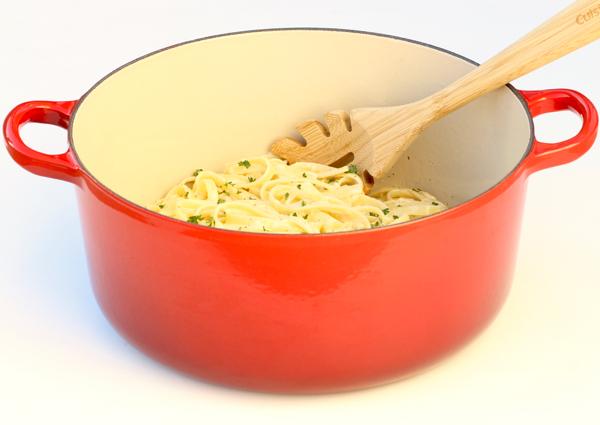 Easy One Pot Fettuccine Alfredo