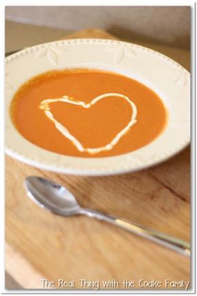 One Pot Tomato Soup Recipe{Easy Homemade Soup}