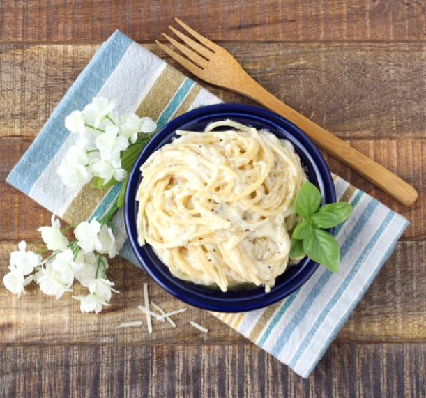 Garlic Parmesan Pasta Recipe Tasty One Pot Wonder The Frugal Girls