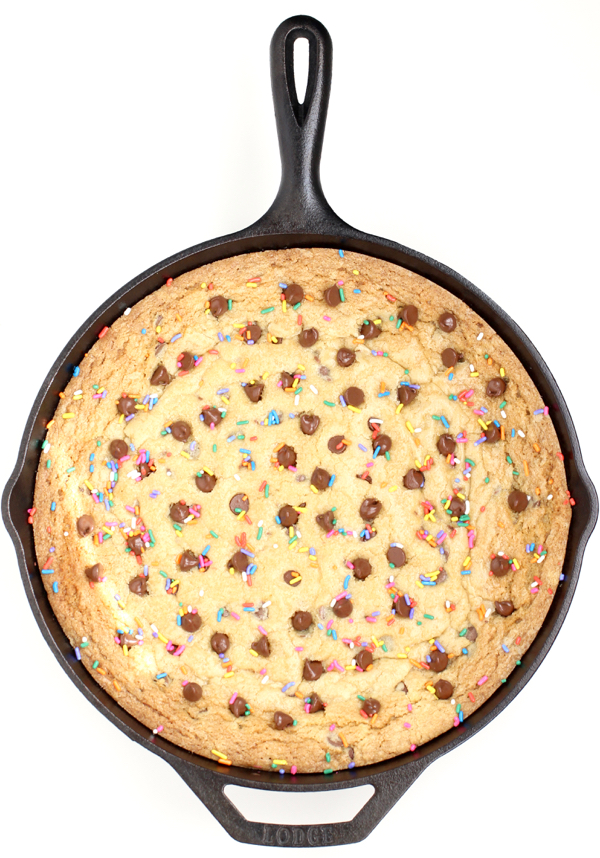 Best Chocolate Chip Skillet Cookie Recipe