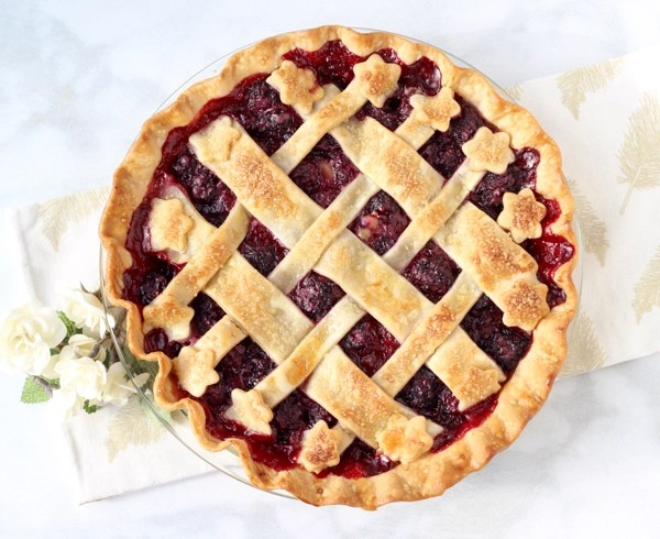 Homemade Fresh Blackberry Pie Recipe